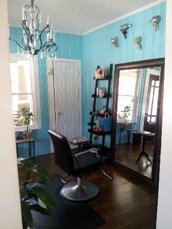 The Petite Retreat: The Salon
