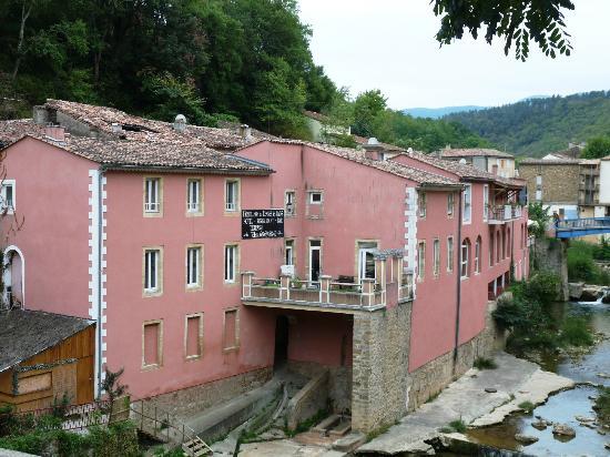 L'Hostellerie de Rennes-les-Bains: vue de l'hôtel