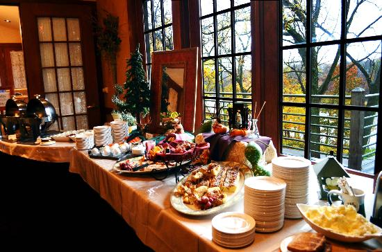 Awesome Breakfast Buffet Review Of Woodlands Restaurant At Eagle Ridge Resort Spa Galena Il Tripadvisor