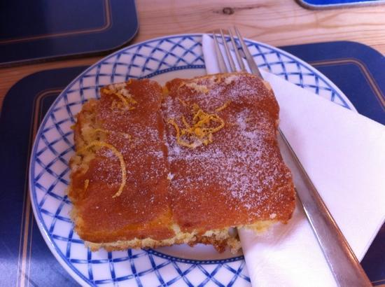 Harbour Light Tea Garden : Cornish Lemon Drizzle cake