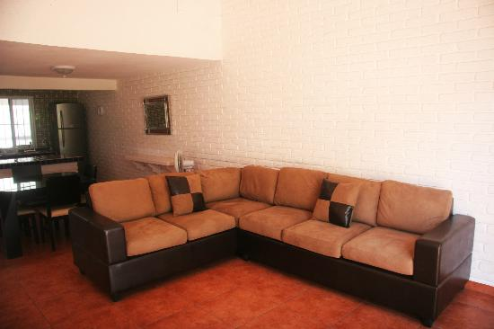 Villa Serena Vacation Rentals: Living room