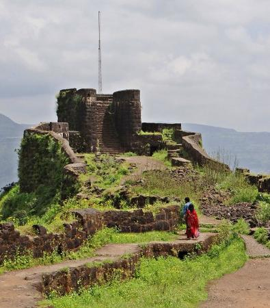 Mahabaleshwar Hill Station: Pratapgad Fort