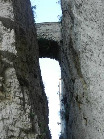 Gaeta, อิตาลี: prima della chiesa