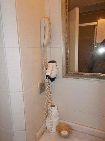 Green Anka Hotel:                                                       Bathroom Amenities