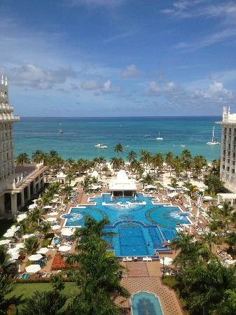 Hotel Riu Palace Aruba: View from the main building 7th floor room