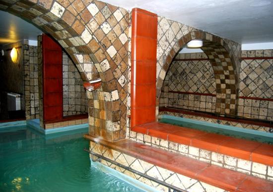Terme Francescane Village: Piscina con acqua termale
