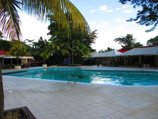 BEST WESTERN Las Mercedes: Decent Pool Areas