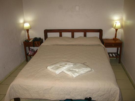 """Hotel Majo""""s: Cama matrimonial"""