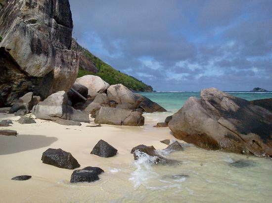 Beachcomber Seychelles Sainte Anne: Une des plages
