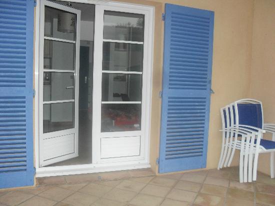 Résidence-Club Odalys La Palmeraie : vue de la terrasse de l'appartement
