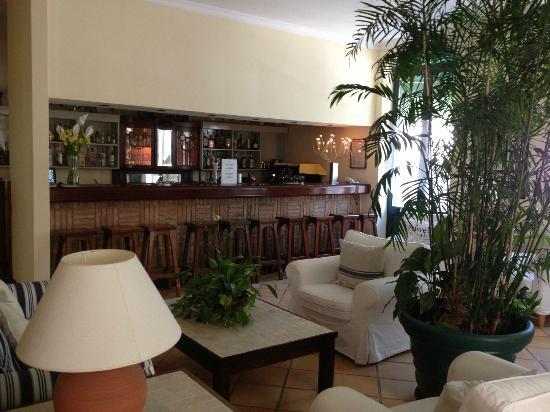Loule Jardim Hotel: bar