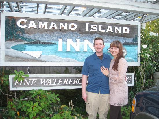 Camano Island Inn: Inn Sign