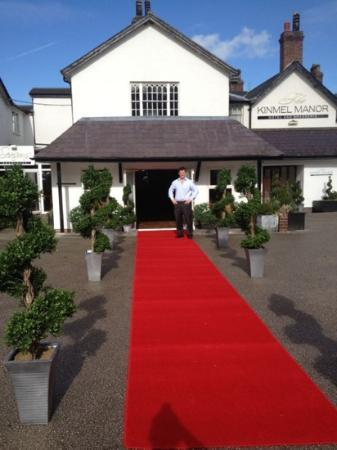 The Kinmel: our grand entrance!