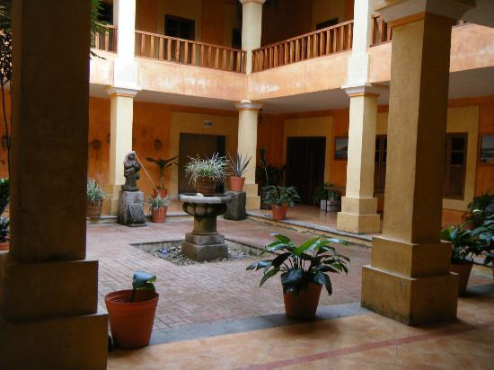 El Tuito court yard.