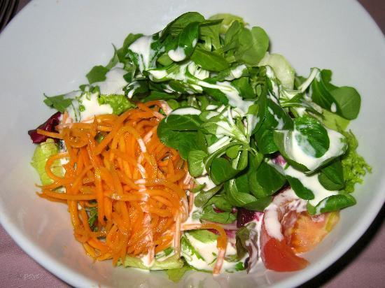 Hotel Restaurant Postli: Grillstübli - gemischter Salat