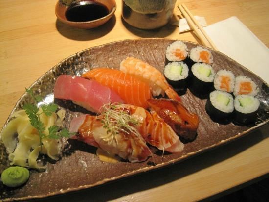 Jelmoli: yummy nigiri and maki