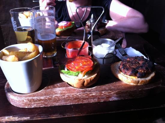 Black Sparrow: Burger with chorizo.