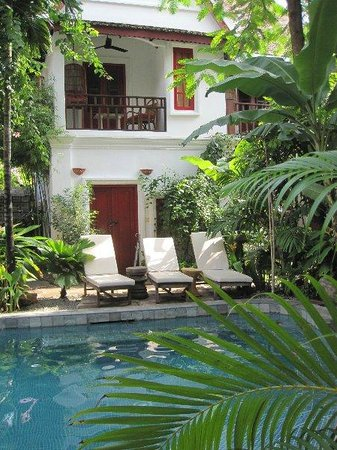 Rambutan Hotel Siem Reap: Pool and rooms