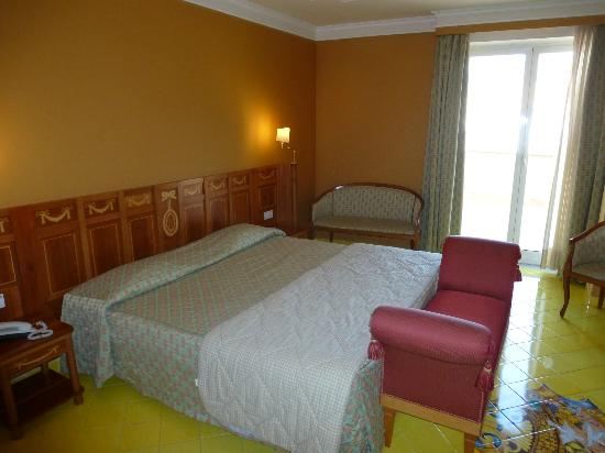 Grand Hotel la Pace: Our Large Room