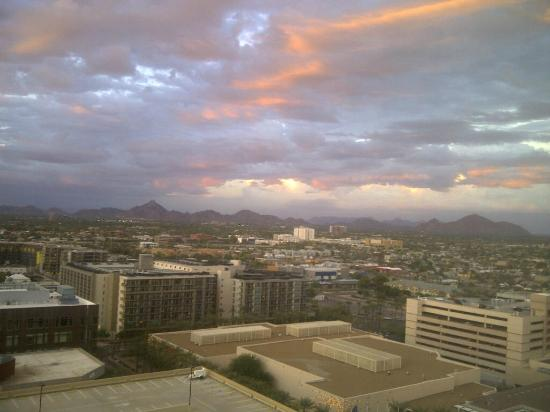 Sheraton Grand Phoenix: View from the 16th floor of the Sheraton Downtown Phoenix