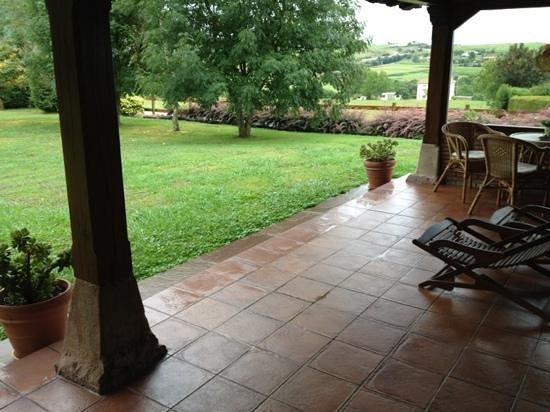 Posada Rural Caborredondo: porche