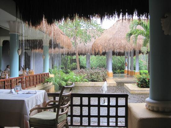 IBEROSTAR Paraiso Del Mar: view from buffet dining area