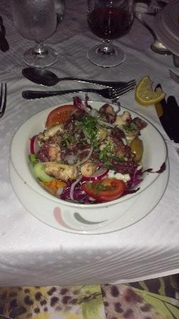 Porto Del Sol: most fabulous octopus salad ever...tender tasty and fresh...mmmm