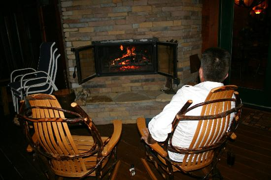 Chilhowee Mountain Retreat: Cozy fire on back porch