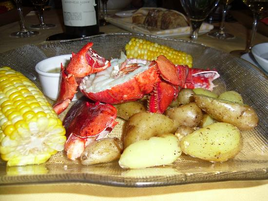Ludwig's Restaurant: Fresh Maine Lobster bake