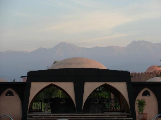 O'Atlas: View of the Mountains