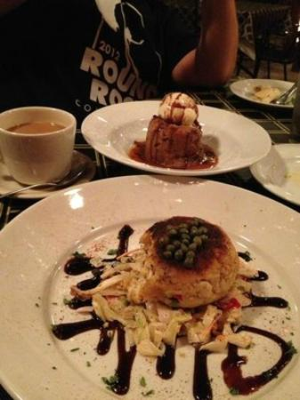 French Quarter Round Rock: Crabcake and Bread pudding