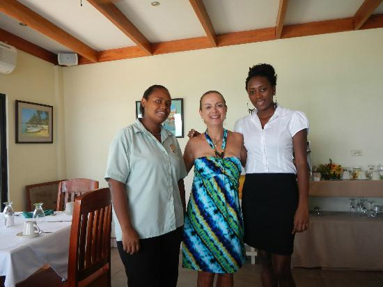 Belizean Dreams: Cafe servers, Sherise and Trina