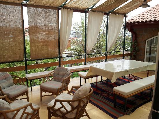 Residence Aygedzor: Outdoor Patio