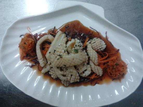 Katowa Restaurante Lounge: ceviche calamares