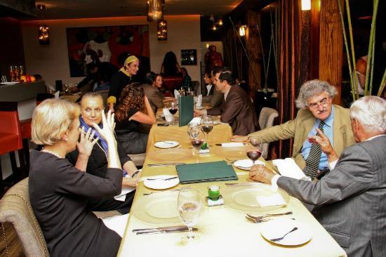 Katowa Restaurante Lounge: Doing the rounds...
