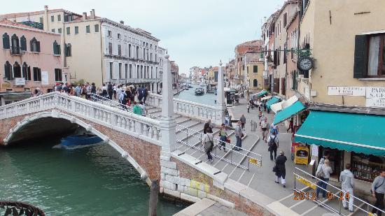 La Palazzina Veneziana: Entrance