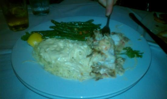 Lands End Restaurant: The Grouper special! So so yummy!!