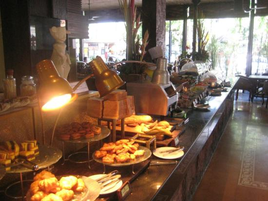Ramayana Resort & Spa: Breakfast