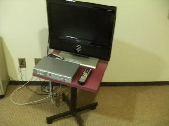 Hotel Goody Ogaki: テレビ台はキャスターつきで移動可能