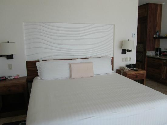 Cabo Surf Hotel: New Room (King bedroom)