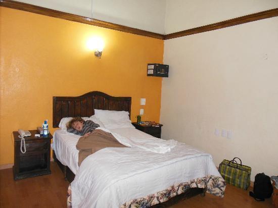 Provincia Express Puebla: Room