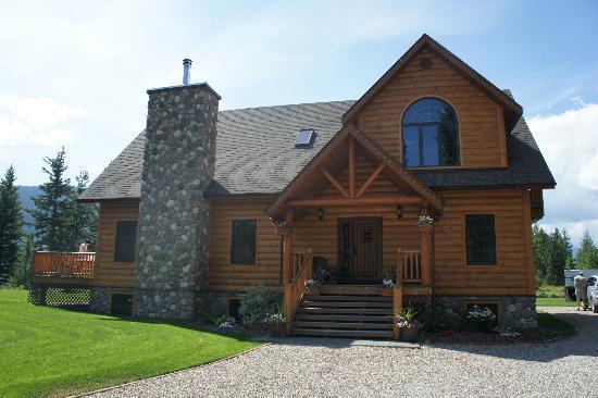 Canadian Bear Guesthouse: Hose :)