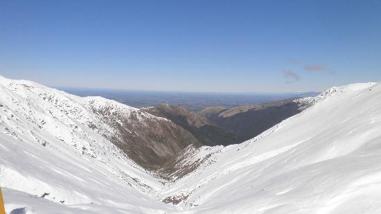 Mt Hutt Ski Area: view over Canterbury Plains