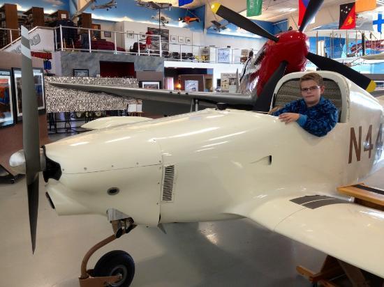 Fargo Air Museum: Static display