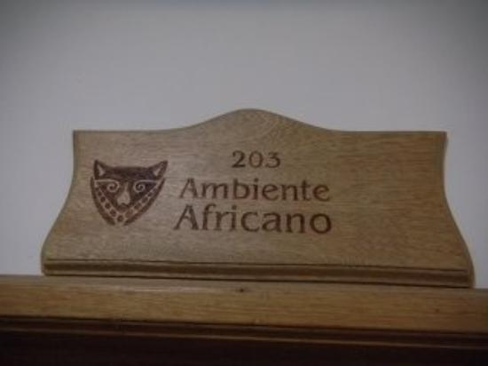 Hotel Portobelo Guatape: african style 
