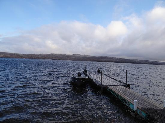 Heston's Lodge: One of the docks and the beautiful Gunflint Lake