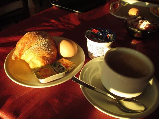 Hotel Villa Fiorita: breakfast