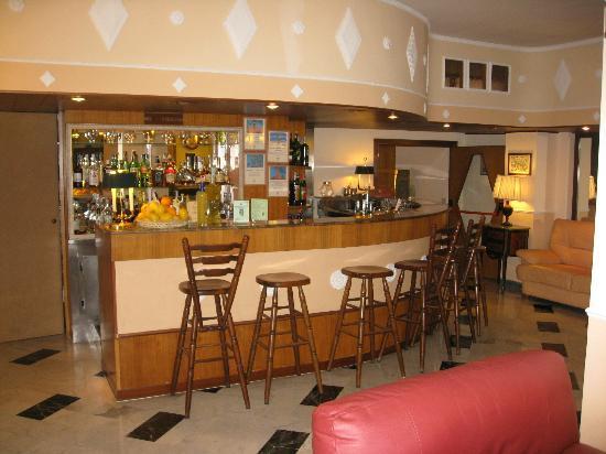 Hotel Central: lobby bar