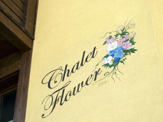 Chalet Flower: La favolosa schitta