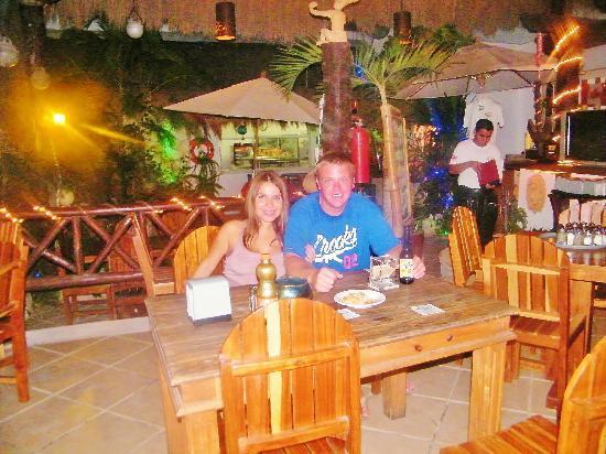 Langosteria Maya Restaurant : vania y george en la pesca !